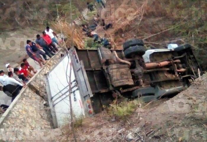 Carreterazo en Chiapas deja 10 muertos y 35 heridos