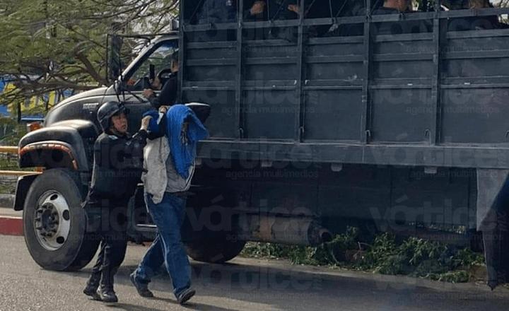 Recuperan predio invadido por el MOCRI; Tuxtla cae en caos