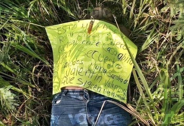 Abandonan cadáver con presunto narcomensaje en Palenque