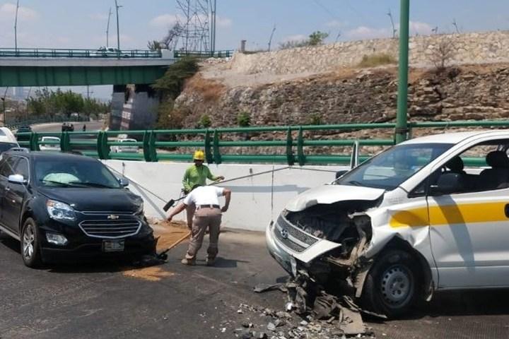 Encontronazo en el Libramiento Norte de Tuxtla deja 7 heridos