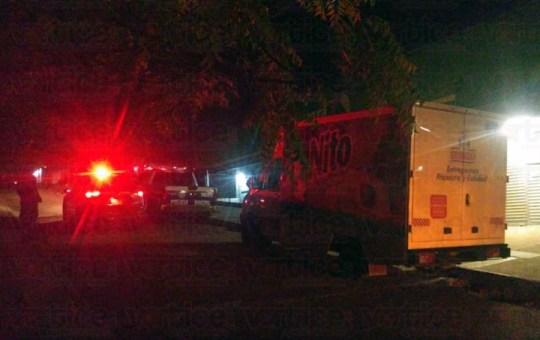 Hombres armados asaltan Bodega Aurrera de Jardines del Grijalva