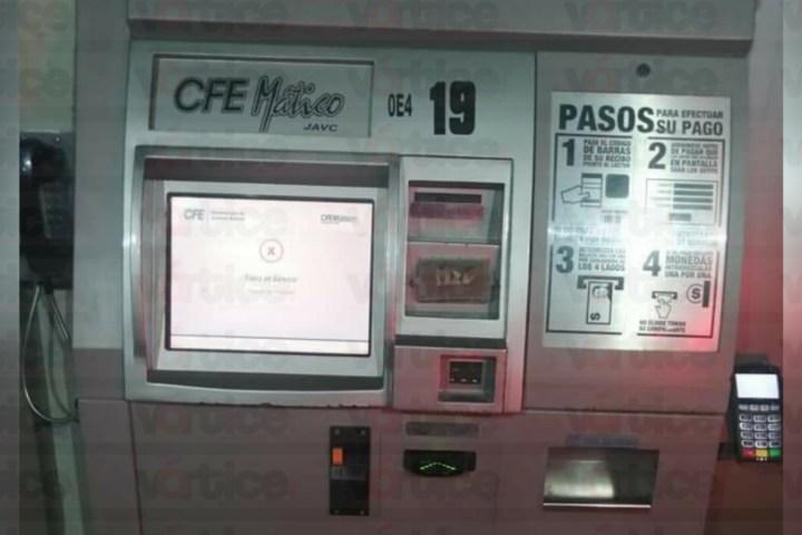 Vacían tres cajeros automáticos de la CFE