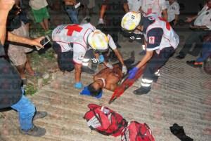 Le machetearon la cara durante riña callejera