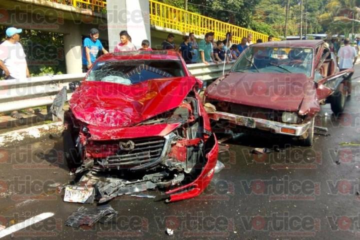 Carreterazo deja grave a la presidenta municipal de Metapa