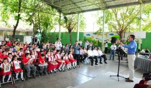 Llama Rutilio Escandón a unir esfuerzos para garantizar el derecho de la niñez a una educación de calidad
