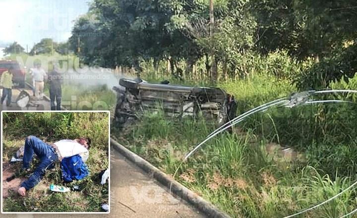 Joven termina herido tras volcadura en Villaflores