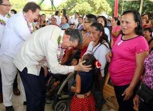 """En Villaflores, constata Rutilio Escandón Cadenas arranque de la entrega Becas para el Bienestar """"Benito Juárez"""""""