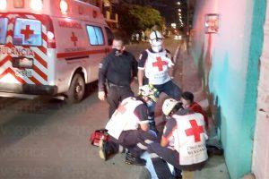 [VIDEO] Navajean a peatón durante asalto en Tuxtla