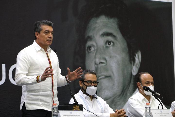 Reconoce Rutilio Escandón legado de Arnoldo Martínez a la democracia y la justicia social