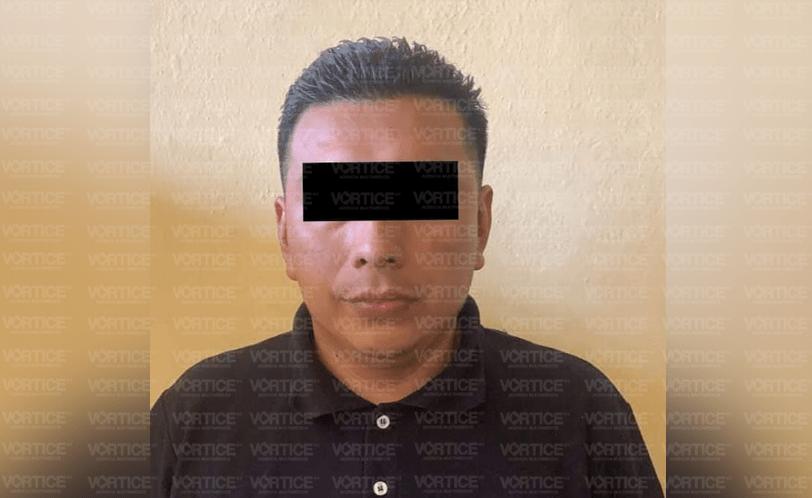 Acusado de triple feminicidio aparece ahorcado en el baño del penal