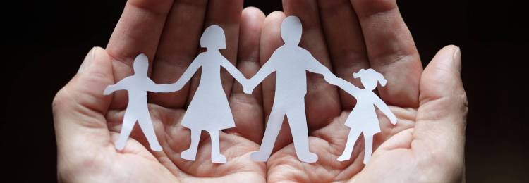 Воспитание в приемной семье
