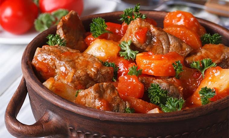 Mijoté de boeuf maigre façon bourguignon à la tomate