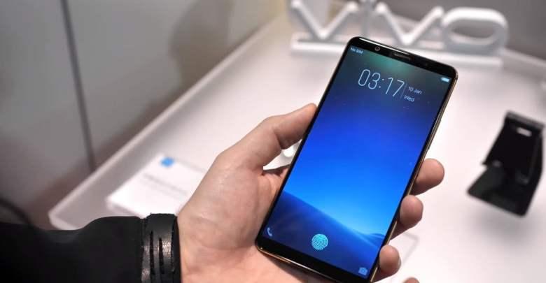 Vivo telefon so skenerom odtlackov prstov