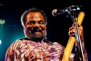 Musique du Cap Vert avec les rythmes portugais de Bonga