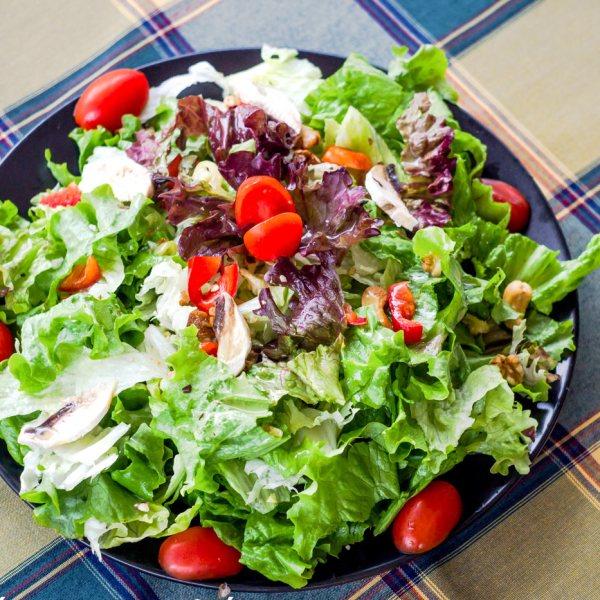 Votsalakia salad