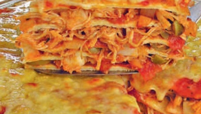 Panqueca de frango em camadas, você vai adorar essa receita