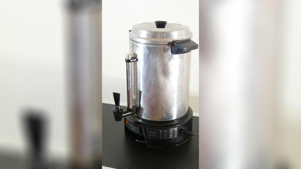 Cafetière percolateur 35 à 100 tasses