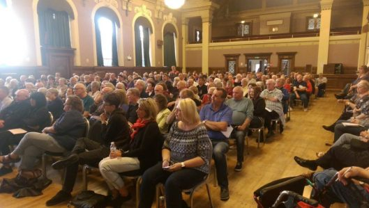 Almost 400 people crowded Wallasey civic hall at a meeting to discuss the local Labour party's suspension [Image: Liam Murphy on Twitter].