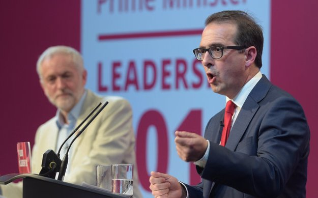Owen Smith spouting another lot of tripe [Image: Ben Birchall/PA Wire].