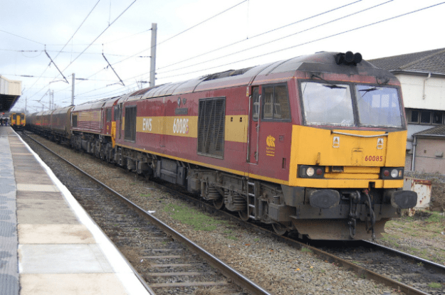 A DB Cargo UK train in the UK [Image: Flickr].