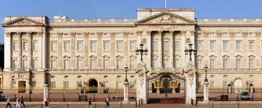 161119-buckingham-palace