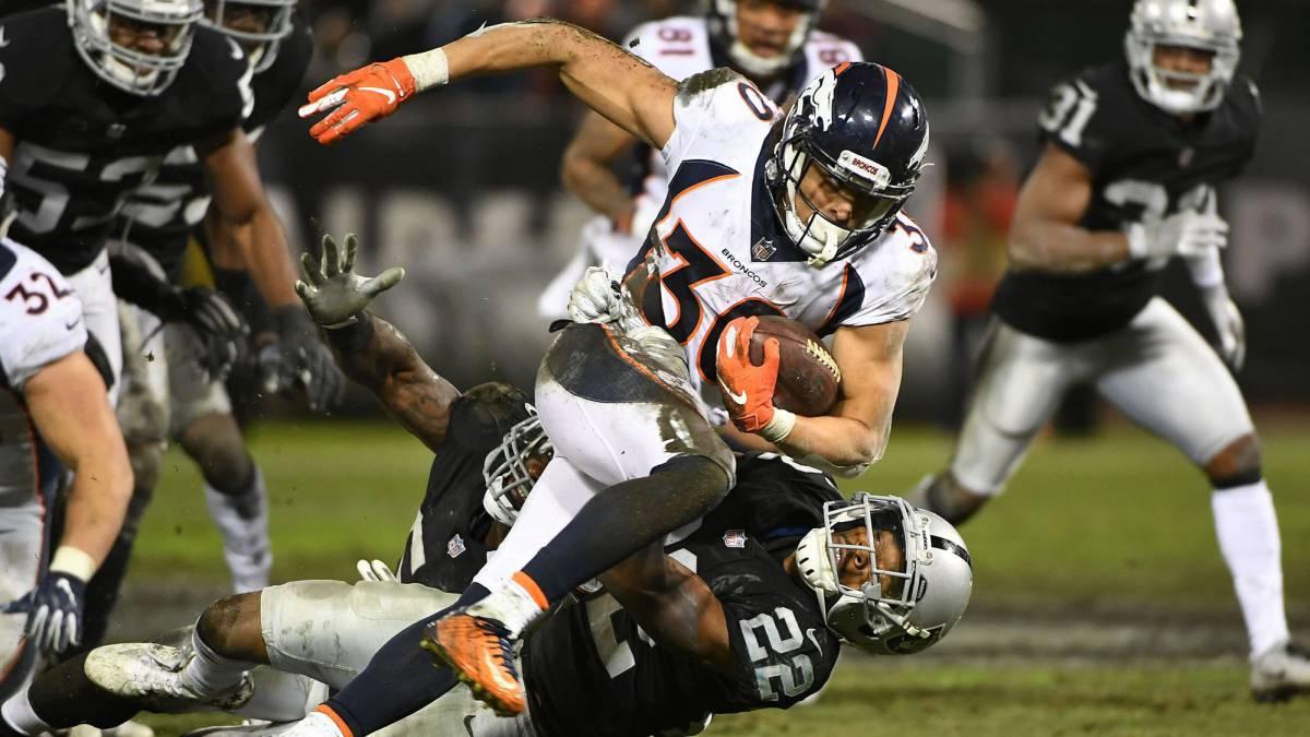 Acabó el año para Phillip Lindsay de los Broncos