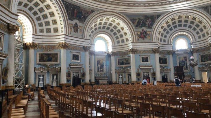 【マルタ観光】世界で三番目に大きいドームを誇る教会、モスタ・ドーム!