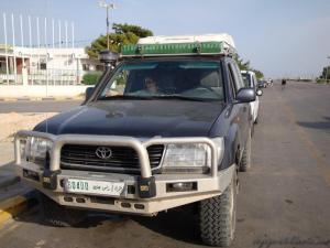 Avec ses plaques libyennes