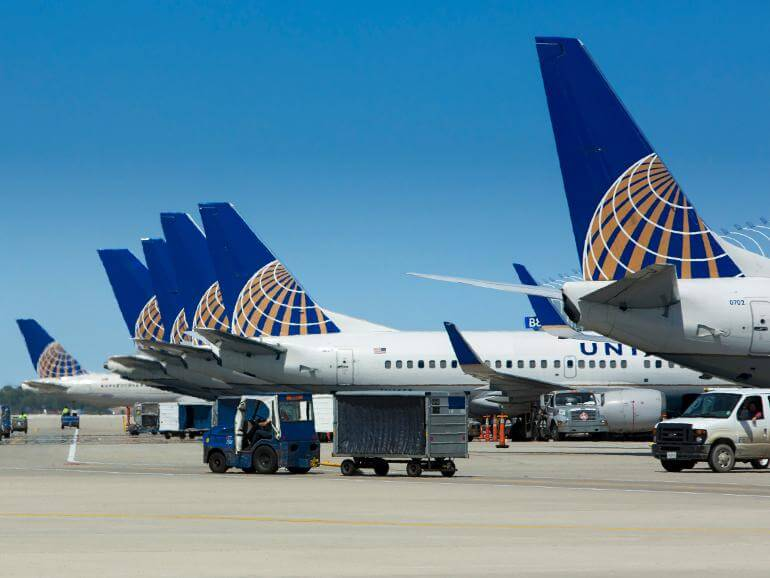 ユナイテッド航空(UA)のマイレージ20,000マイルで、何ができるのか