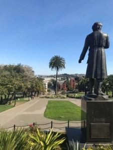 サンフランシスコ旅〜カストロの公園 ミッション・ドローレス・パーク(Mission Dolores Park)〜