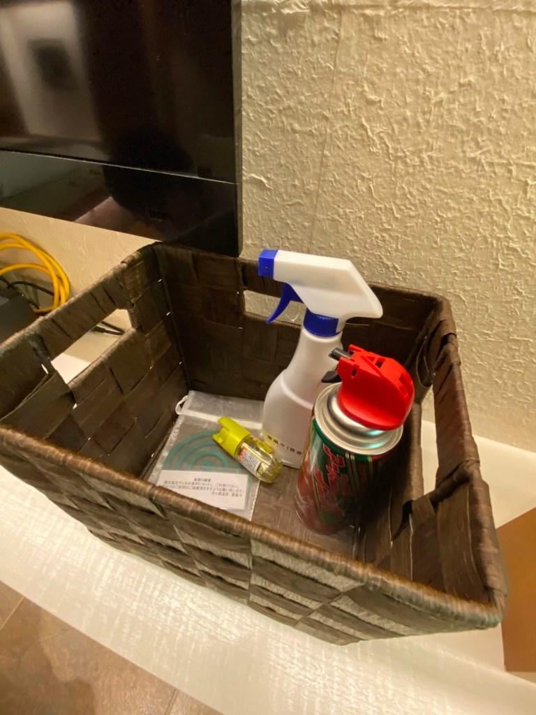 蚊取り線香や虫除けスプレー