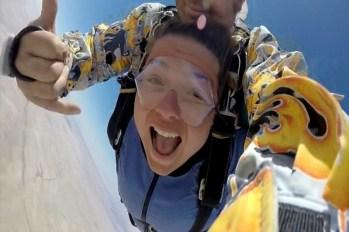 20150423 - Skydiving Sandrine - 2 - Chute libre 2