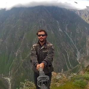 alex chacon selfie montagne