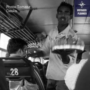 autobusowy sprzedawca