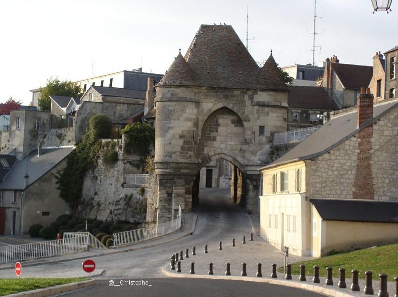 Laon ancienne capitale- porte d'Ardon