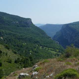 Courmes - village et gorges du Loup
