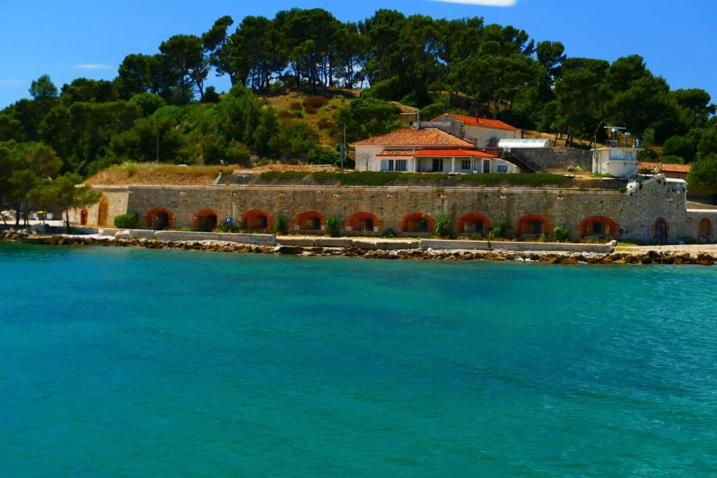 Rade de Toulon: le fort de l'Éguillette