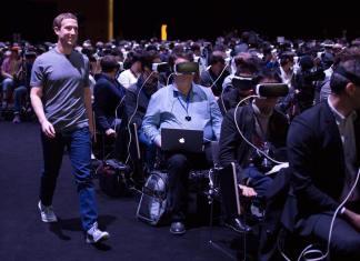 mark zuckerberg vs samsung gear VR360