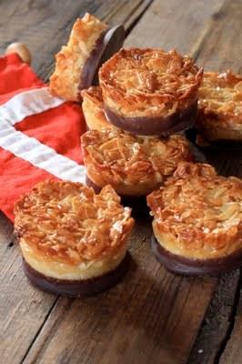 Tartelettes danoises aux amandes effilées et chocolat : la pâtisserie de la fête nationale 1