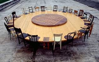 Chen Zhen round table
