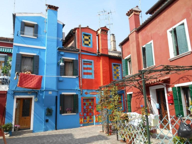 Et lorsqu'on parle de maisons colorées...le plus bel exemplaire à notre goût!