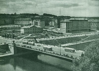 Les statues soviétiques du Pont Vert à Vilnius (Histoire de la Lituanie) 2