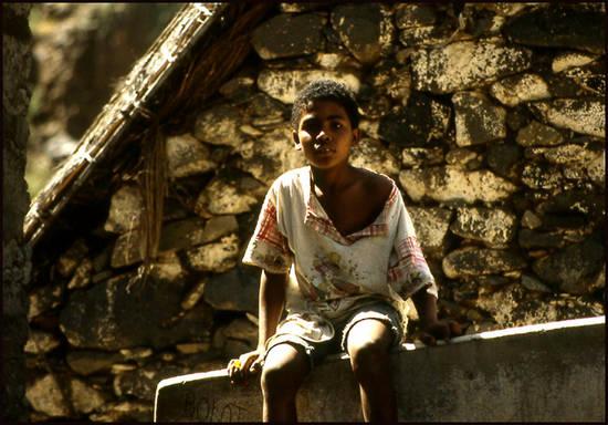 8dc77 cap vert gamin.1277113146 Voyage Cap Vert   Premiers pas sur les chemins du Cap Vert
