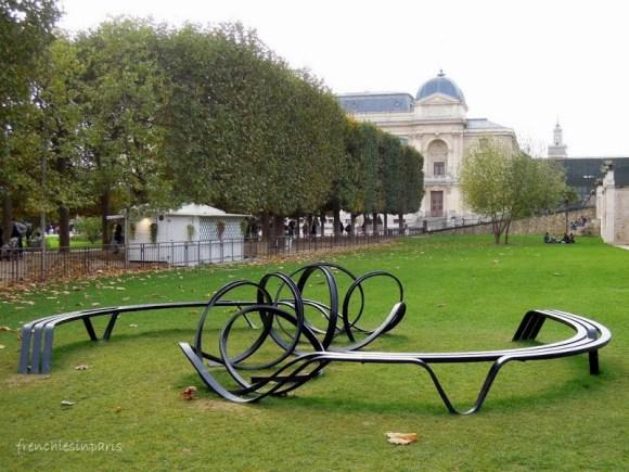 De l'art contemporain dans les jardins de Paris 8