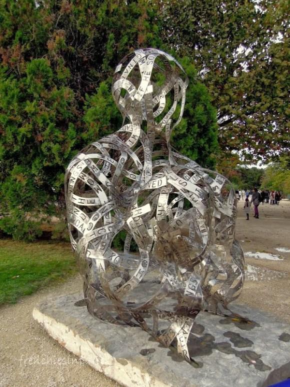 De l'art contemporain dans les jardins de Paris 9