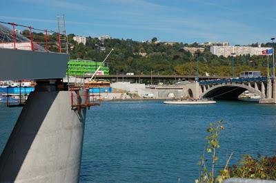 25 heures chrono Lyon ; événement sur le Rhône à Confluence 1