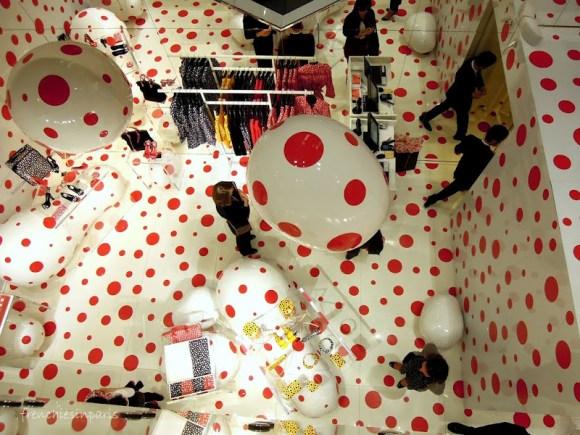 Paris insolite - Une histoire de pois entre Yayoi Kusama et Louis Vuitton 1