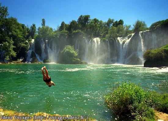 Kravice : lac et parc naturel de chutes en Bosnie-Herzégovine 17