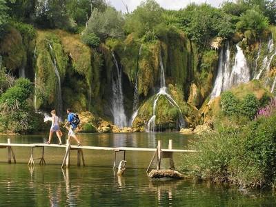 Kravice : lac et parc naturel de chutes en Bosnie-Herzégovine 25