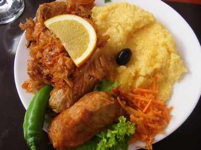 Les Sarmalé ; choux farcis traditionnels roumains 1